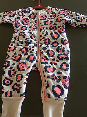 Bonds Girls Pink Winter Zippy- Thick And Padded NWOT Sz 0