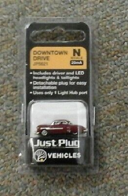 N scale Woodland Scenics Just Plug Lighted Vehicle Downtown Drive JP5621
