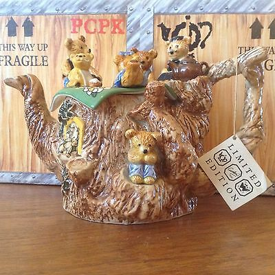 Collectable, LARGE, Paul Cardew, SIGNED Teddy Bears Picnic Teapot