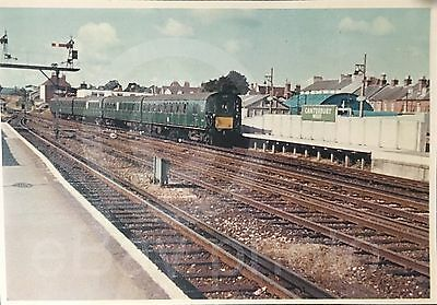 Very Early Southern Electric 'slam Door' Unit At Canterbury West Date Unknown