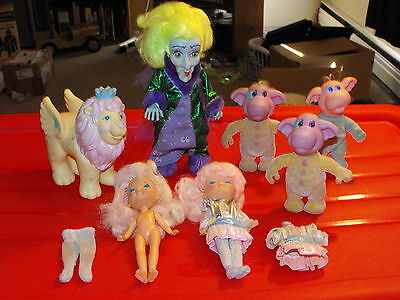 1986 Hasbro Moon Dreamers Lot of 7 Dolls & Some Accessories Scowlene More