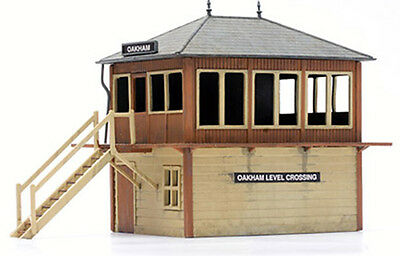 Dapol/KITMASTER 00/H0 Gauge Railway/Layout Plastic Kit No: C006 Signal Box.
