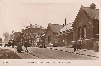 RP Postcard. Railway Station. Gipsy Hill.
