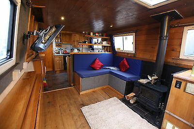57 x10 ft 2008 Widebeam liveaboard narrowboat reduced must sell