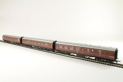 Hornby Full Set of x 3 LMS Coaches Brand New from R3299 Train Pack - Bargain!
