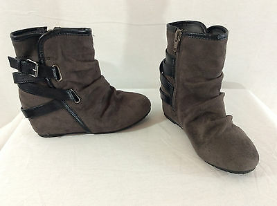 Mudd Taupe Brown Faux Suede Slouch Ankle Boots Girl's Size 13M