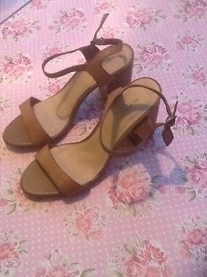 Ladies/Girls  Tan Leather  Sandals Size 6 -  New
