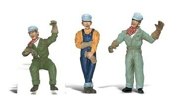 Woodland Scenics-Scenic Accents(R) Figures -- Idling Engineers pkg(3) - G