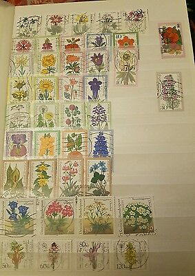 16 f/u sets of stamps Flowers