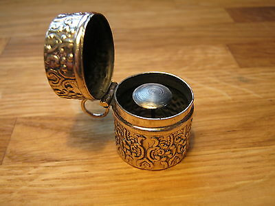 Stunning Art Nouveaux Style Hallmarked Sterling Silver Thimble Case Chatelaine