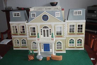 Sylvanian families Grand Hotel/Mansion House 99% complete.