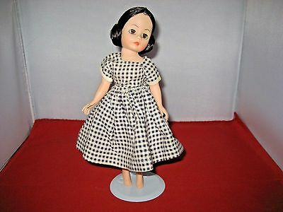 """Madame Alexander 9"""" CISSETTE Doll with Stand."""