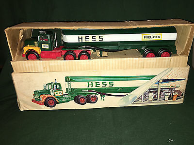1972 Hess Tanker Truck, Lights work, rare ,vintage, collectible, Marx Toys !!!