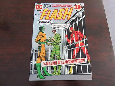 The Flash #219 (Dec 1972-Jan 1973, DC) VF 8.5