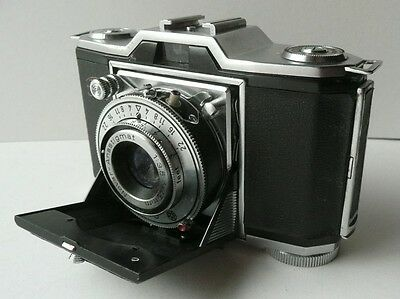 ZEISS IKON CONTINA 35mm CAMERA   MADE IN GERMANY