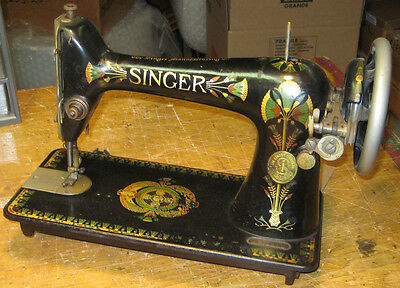 Singer Treadle Sewing Machine D1336988