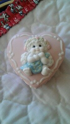 Dreamsicles 1997 pink heart with baby pin
