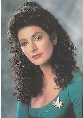 Star Trek TNG The Next Generation 1991 Deanna Troi postcard 105-149