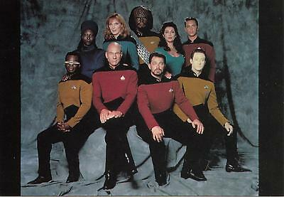 Star Trek TNG The Next Generation 1991 Crew postcard 105-135