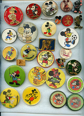 Badges Vintage Mickey Mouse, Disney cartoon in one lot