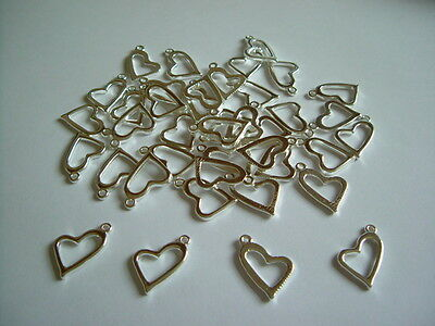 Wholesale - 200pcs - 20mm x 11mm Silver Plated Heart Charms