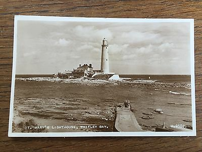 1940s Postcard St Mary's Lighthouse Whitley Bay NORTHUMBERLAND Real Photo