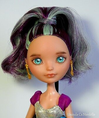 EAH (wie  Monster High) repainted Madeline Hatter- repaint custom OOAK doll