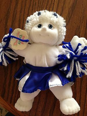 REDUCED!!! Dreamsicle Angel Hugs Cheerleader in Perfect condition