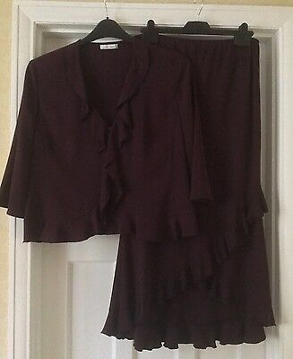 Country Casuals CC Petite Ladies Purple Top And Skirt Outfit Size 14 / M