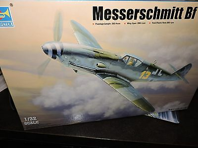 TRUMPETER 1/32nd  SCALE MESSERSCHMITT Bf 109K4  MODEL KIT ( # 02299)