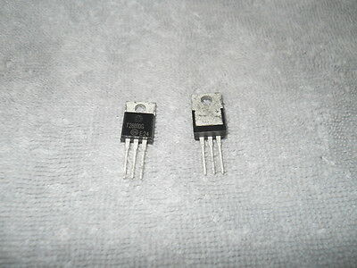 200) NEW T2800DG Triacs by ON Semiconductor, 400 Volts, 8 Amps, TO-220 pkg