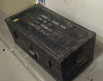 Vintage Military Foot Locker/trunk w/interior shelf ..Vietnam or World War II