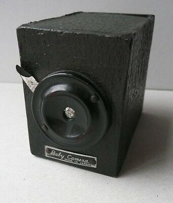 Japanese 'no Darkroom' Or 'yen' Box Camera.