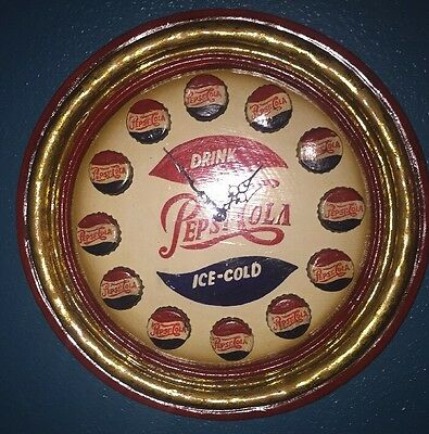--SOLID WOOD HAND PAINTED-- PEPSI COLA WALL CLOCK 3D Wood Pub Sign/clock--