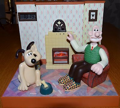 Vintage Wallace & Gromit Talking Radio Alarm Clock By Wesco With Box