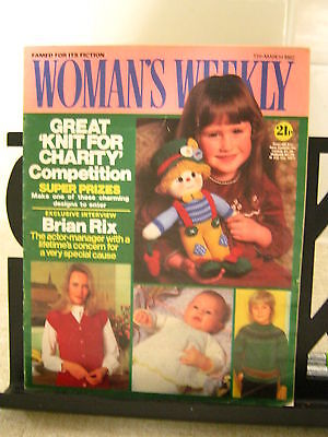 Knitted toy pattern by Jean Greenhowe, English Women's Weekly 13 Mar 1982