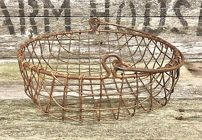 Primitive Rustic Metal Wire Mesh Basket With Handle
