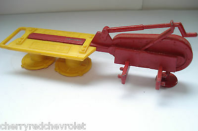 Vintage Britains Disc Mower Tractor Attachment 1/32 in good condition 1978