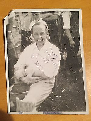 1952 Billy Griffith Signed Photograph Cambs sussex Surrey & England