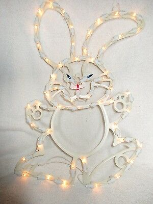 1996 Electric Easter Bunny Indoor/outdoor 53-light Holiday Decorations