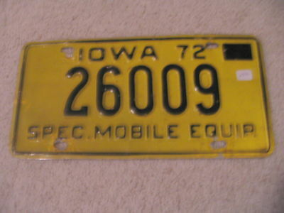 1972 Iowa Vintage Special Mobile Equipment License Plate