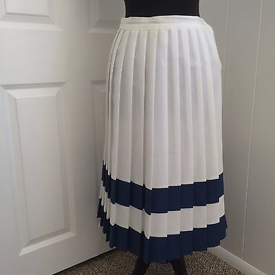 VTG 80s EMERALD ISLE  TOP STITCH PLEATED SKIRT BUTTON SIDE