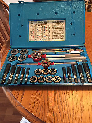 BLUE POINT TD9902A TAP AND DIE SET 25PC - never used