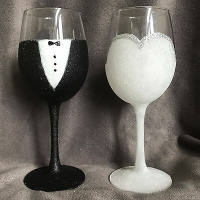 Bride and Groom Wedding Wine Glasses  Gift Present Mr & Mrs Glass