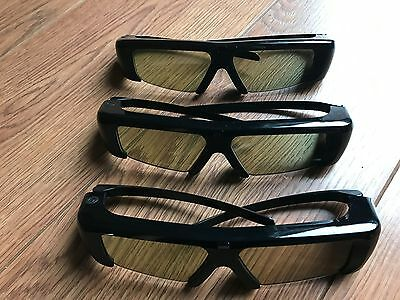 3d tv glasses   Genuine samsung 3d glasses battery operated  3 X PAIRS