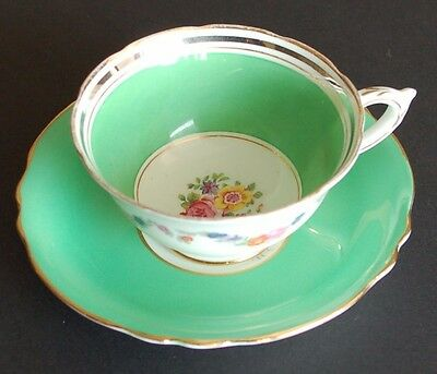 Paragon Vibrant Apple Green Double Appointment Gilded Scallop Teacup and Saucer