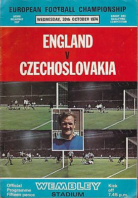 FOOTBALL PROGRAMME COLLECTION. ENGLAND v CZECHOSLOVAKIA. 1974.