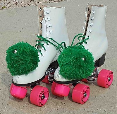 VINTAGE WOMENS ROLLER STAR ROLLER DERBY SKATES Size 6 WITH BOX
