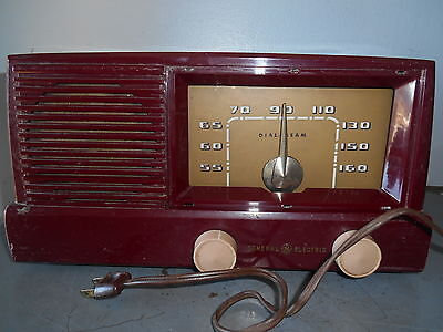 Vintage General Electric Model 416 Burgundy Portable Electric Tube Radio