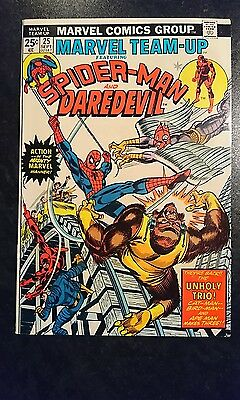 Marvel Team-Up #25 (Marvel, 1974) Condition: Approx. VF....